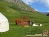 La nava Kochkor, Kirguistán