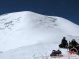 La cima de Razdelnaya (6148 m). Pamir, Kirguistán