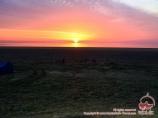 Coucher de soleil dans la mer d'Aral. Ouzbékistan