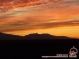 Закат в Нуратинских горах. Узбекистан