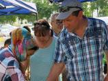 Спелые фрукты на майские праздники на рынках в Узбекистане