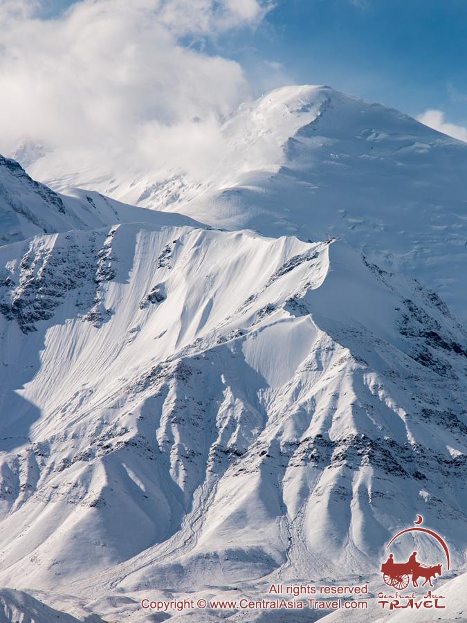Pico Spartak (6183m). Pamir, Kirguistán