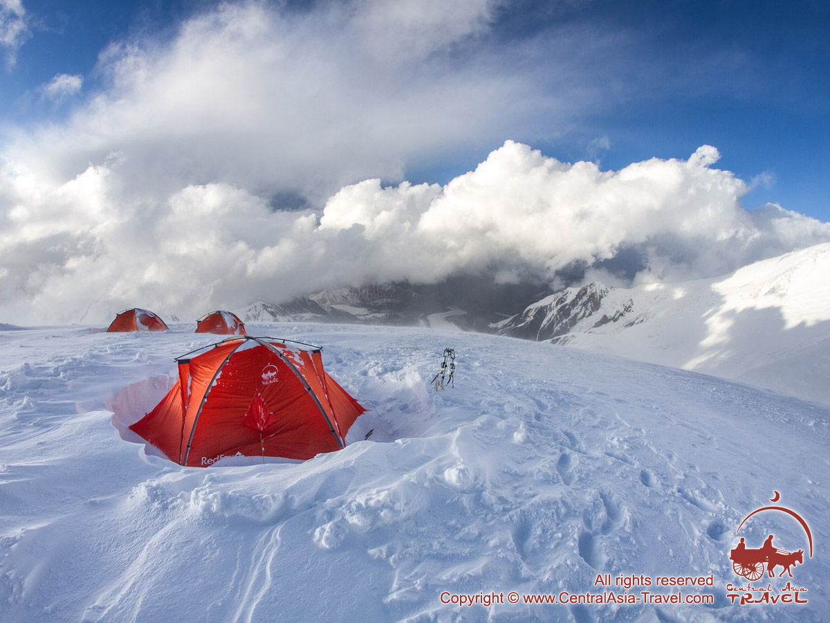 Campo 3 (6100m). Pico Lenin, Pamir, Kirguistán