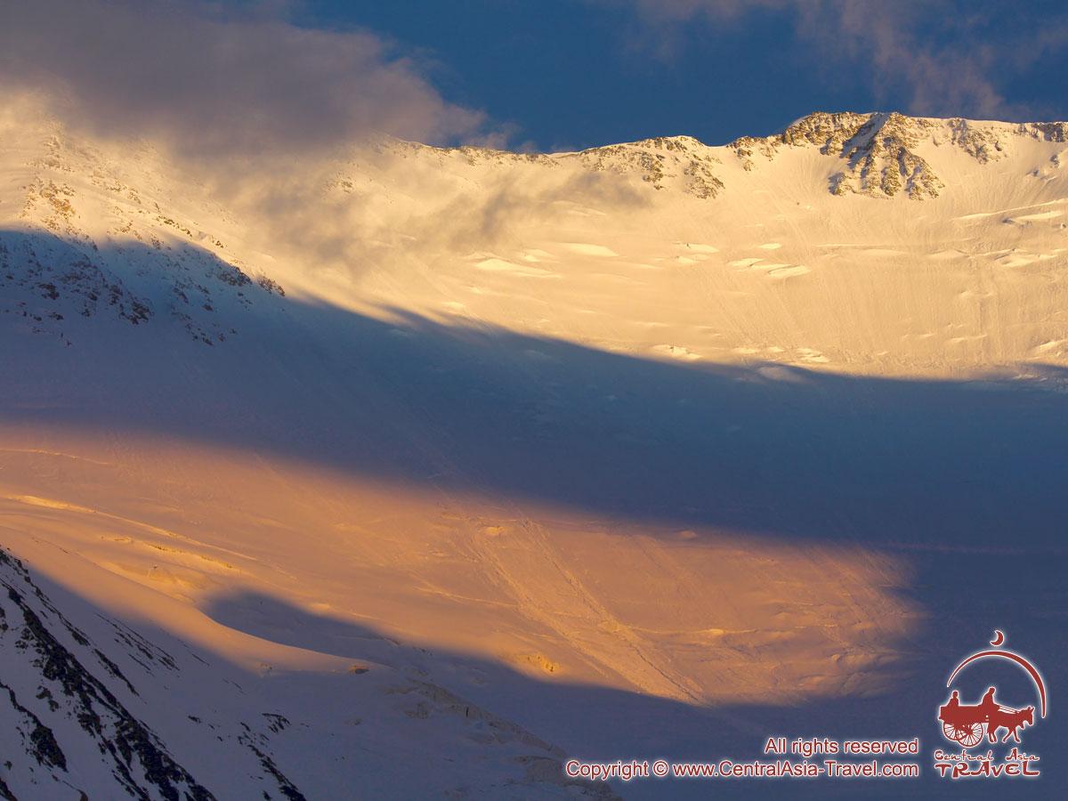 Sommet du Pic Lénine (7134 m). Pamir, Kirghizstan