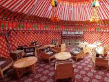 Базовый лагерь (3600 м) компании Central Asia Travel. Пик Ленина, Памир, Кыргызстан