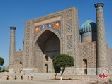 Sher Dor madrasah (17th c.). Registan Square, Samarkand, Uzbekistan