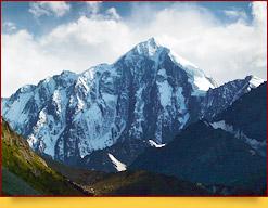 Пик Аксу (5355 м). Район Памиро-Алая, Кыргызстан